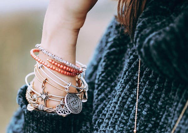 How to Use Numerology to Find the Perfect Gift
