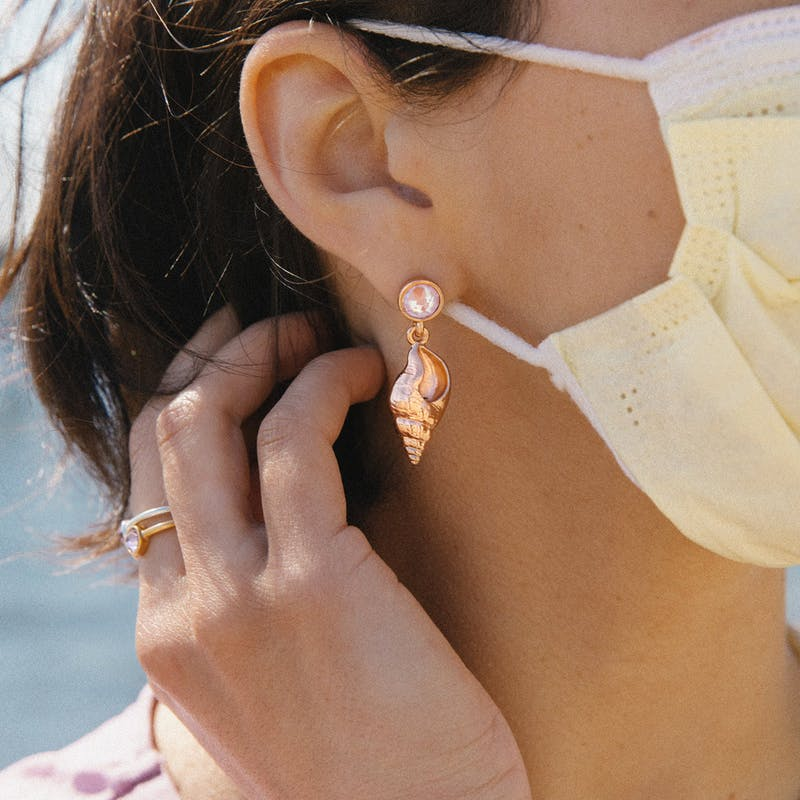 Conch Shell Drop Earrings