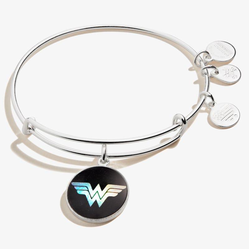 Wonder Woman™ Logo Charm Bangle