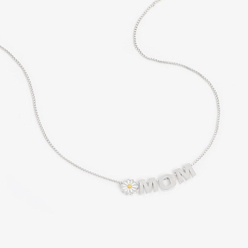Daisy + 'Mom' Necklace