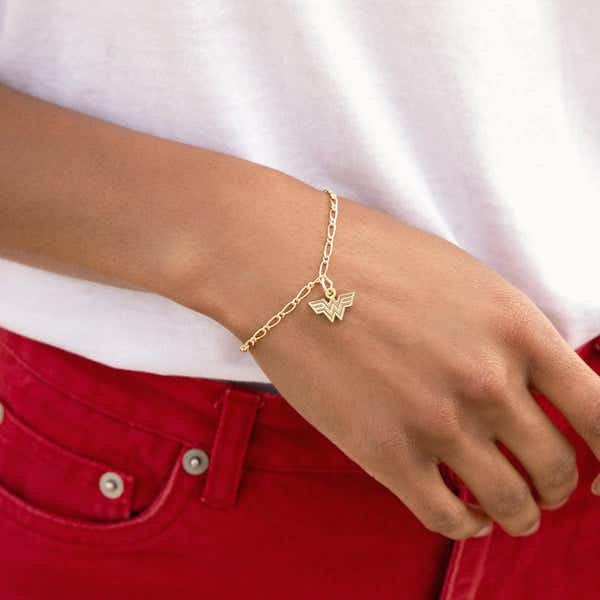 Wonder Woman™ Logo Stretch Bracelet