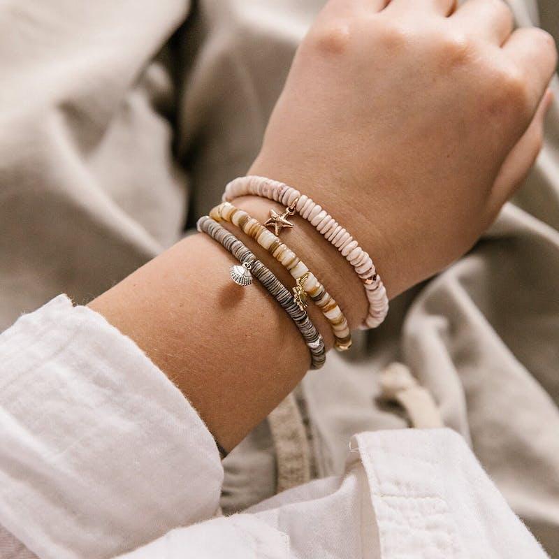 Scallop Shell Stretch Bracelet