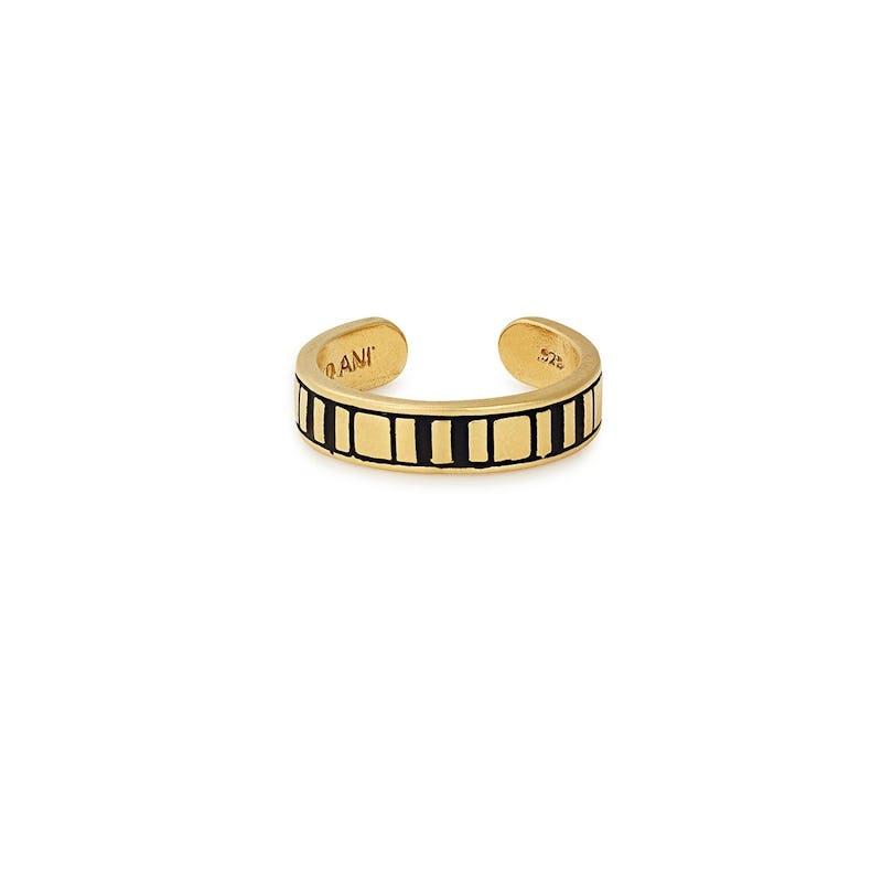Line Cuff Ring